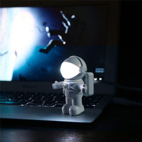 Lampe astronaute LED